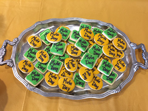 Mule Day Cookies - Ms Sherry Cunningham Cox