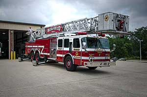 1999 E-One Ladder Truck